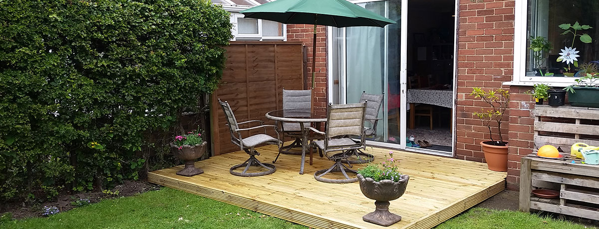 Small Decking Area for Dining
